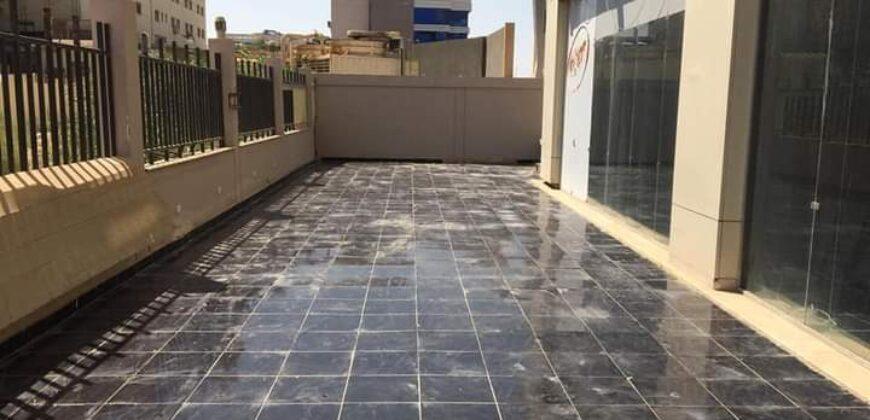 للبيع محل في مول Exit 14 خلف سعودي