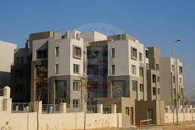 شقة للايجار بكمبوند فيلدج جيت التجمع الخامس