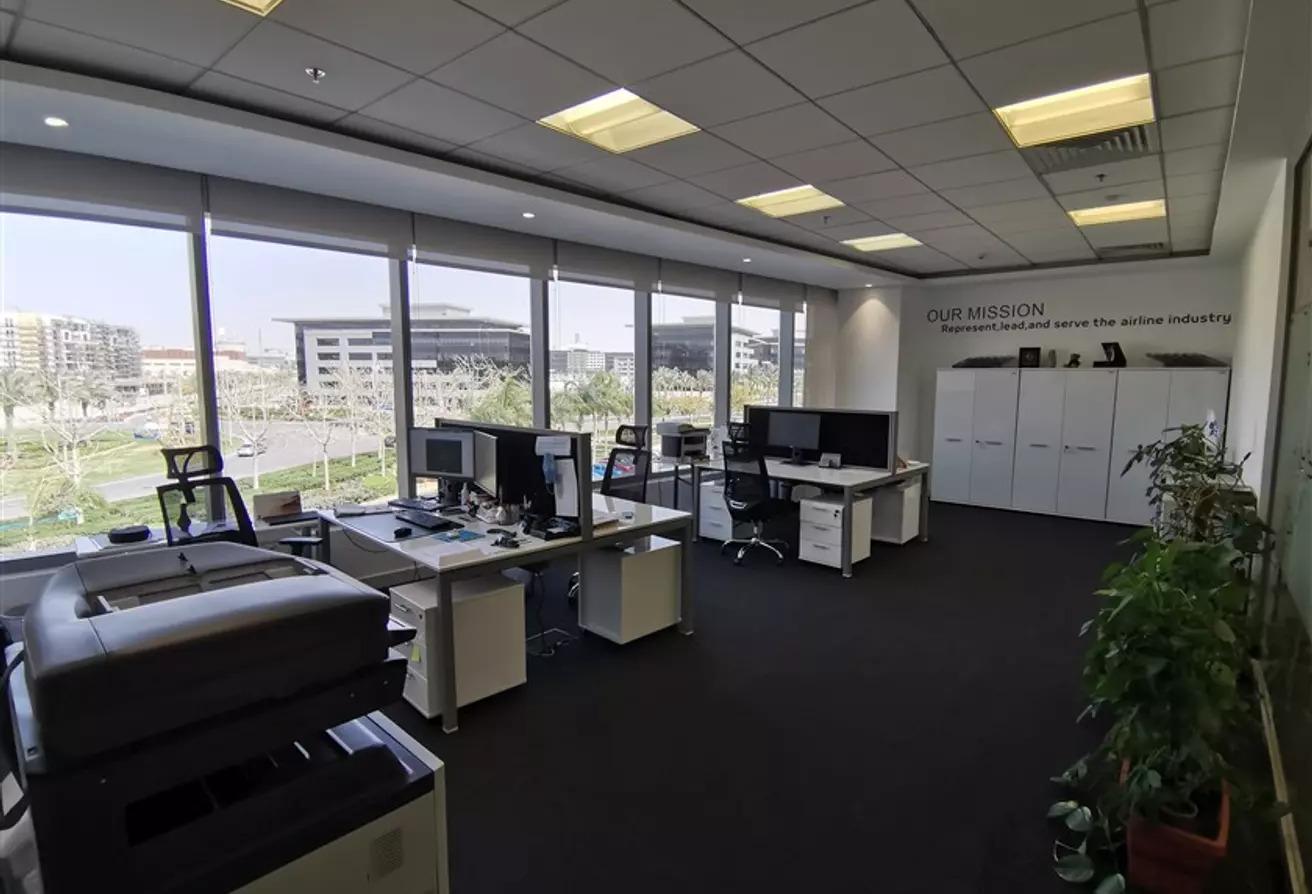 مكتب اداري مفروش للايجار بكايرو فيستيفال سيتي