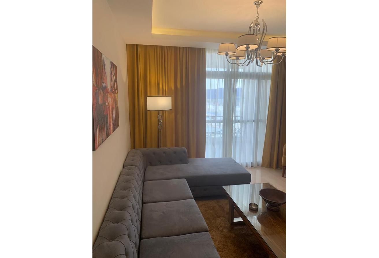شقة مفروشه بالكامل للإيجار في كايرو فيستفال سيتي