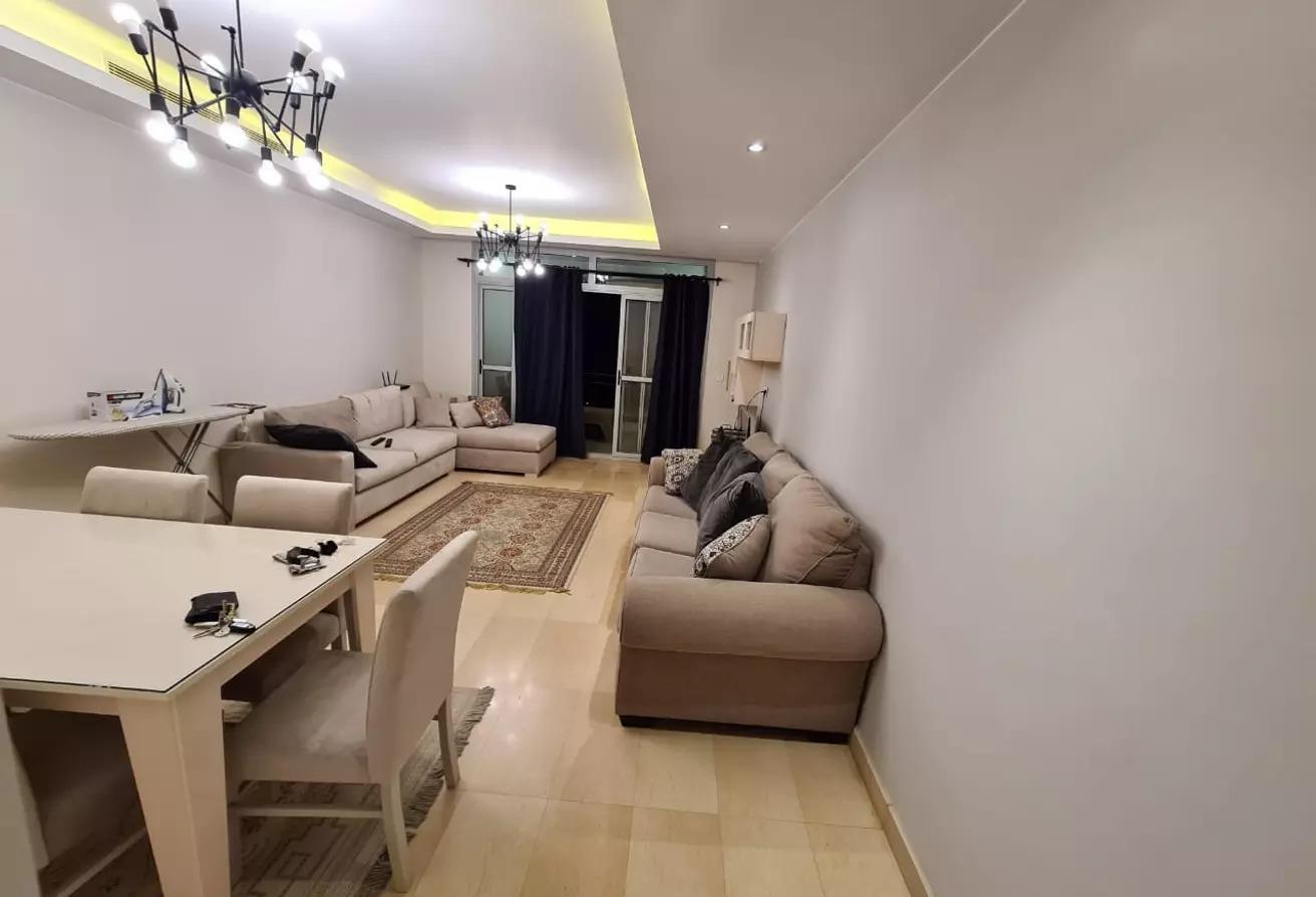 شقة مفروشة بالكامل للايجار في كايرو فيستيفال