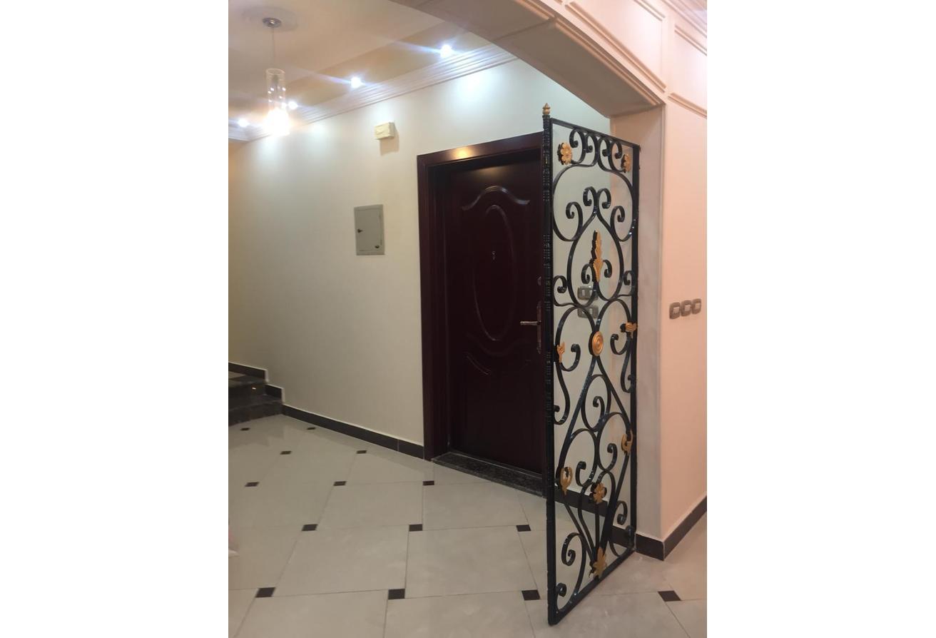 للبيع شقة بالحى الخامس القاهرة الجديدة