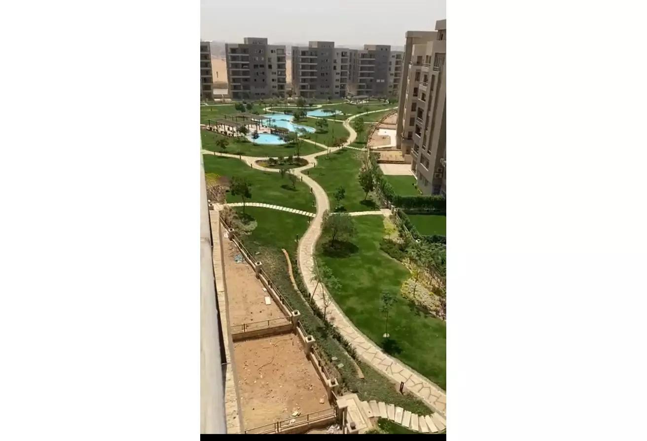 شقة للبيع في كمبوند سكوير صبور القاهرة الجديدة