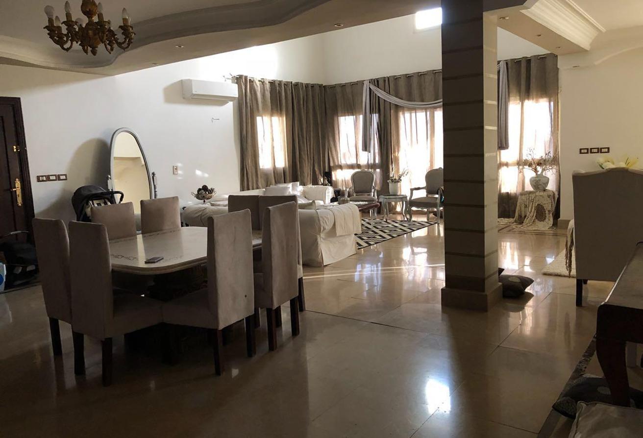 شقة 240 م للبيع في دريم لاند …