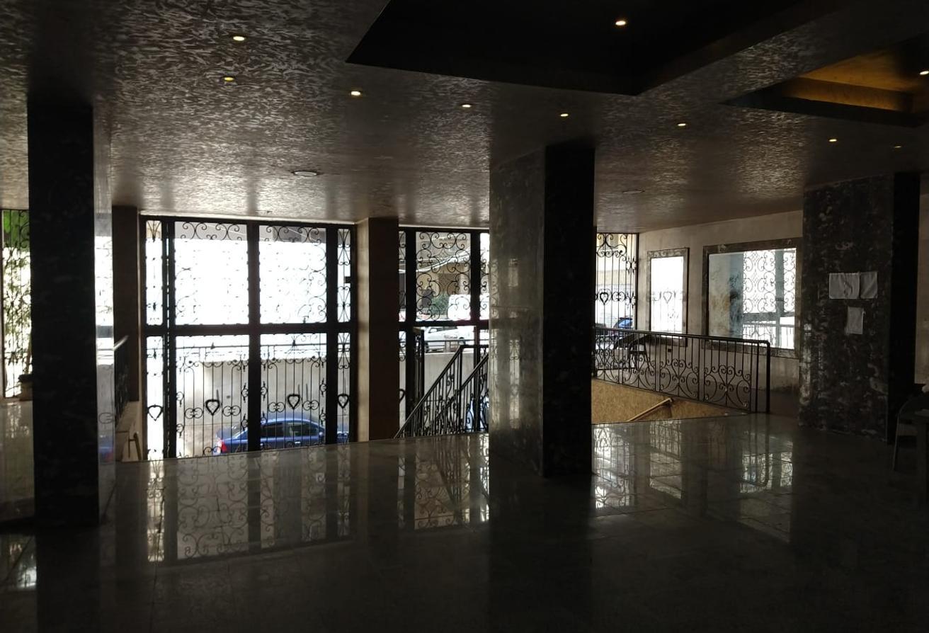 شقة للبيع 200م موقع متميز على كورنيش المعادي