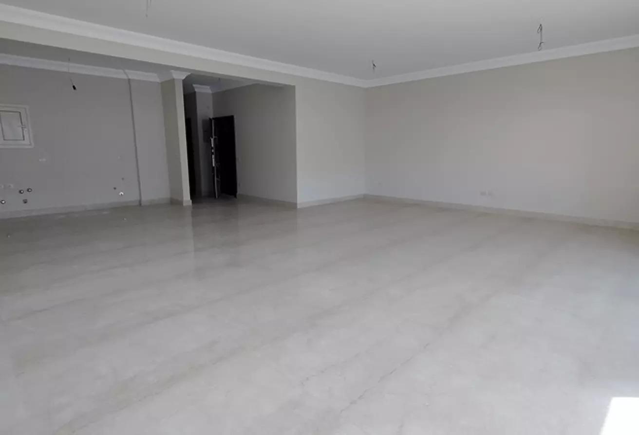 شقة للايجار في الباتيو 7, كمبوندات التجمع الخامس