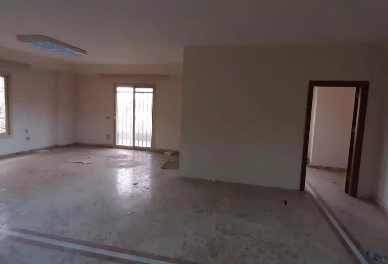 شقة للايجار في الشويفات, كمبوندات التجمع الخامس