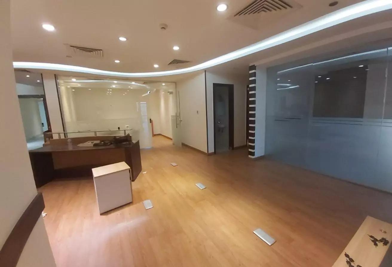 مساحات مكتبية للايجار في شارع مجمع البنوك, شارع التسعين الجنوبي