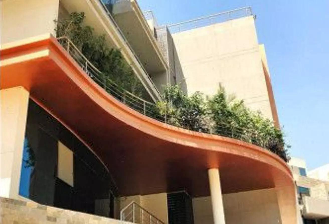 شقة للبيع في كمبوند لاميرادا, كمبوندات التجمع الخامس