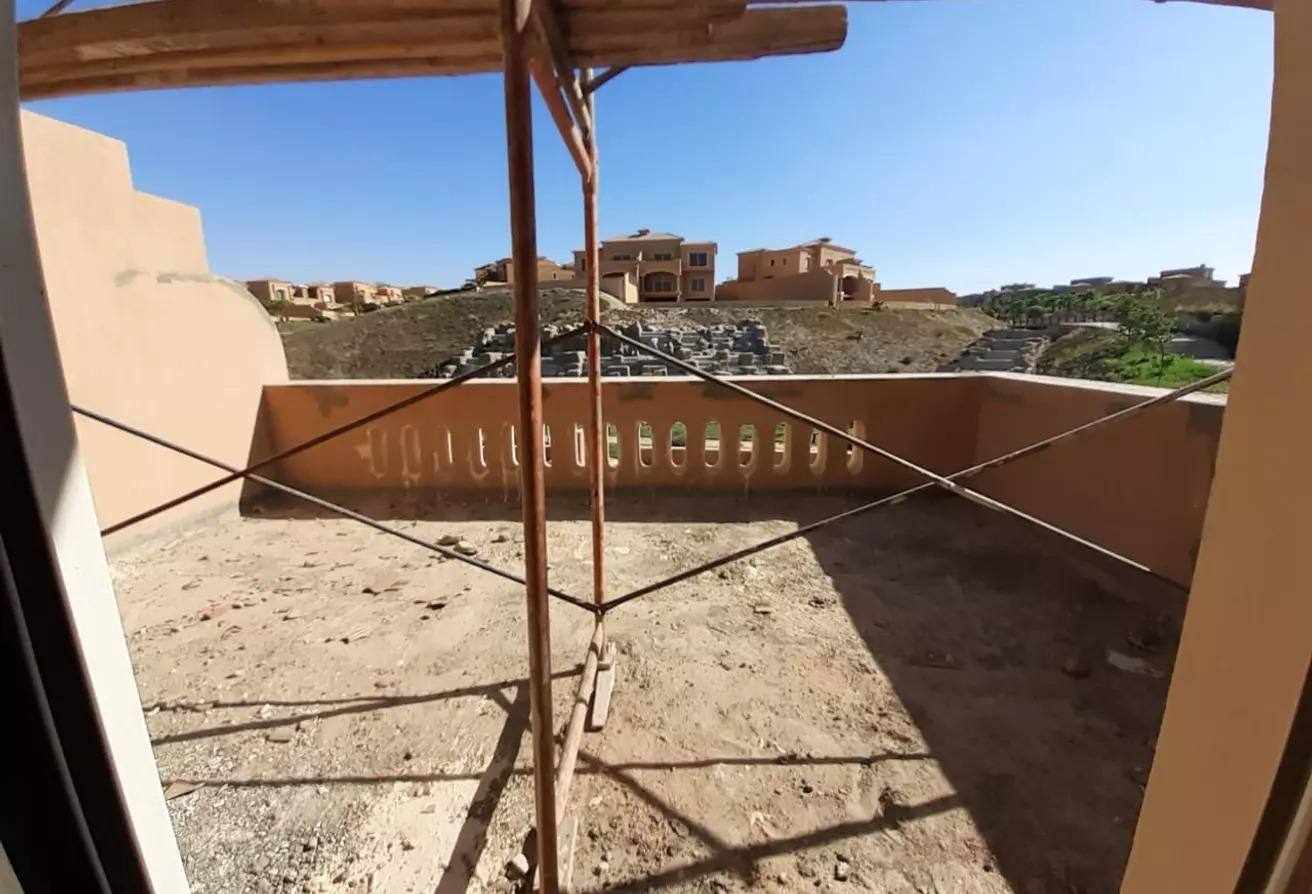 منزل مزدوج للبيع في رويال ميدوز, كمبوندات الشيخ زايد