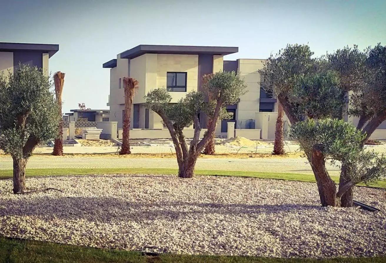 منزل مزدوج للبيع في سوان ليك, قسم الضبعة