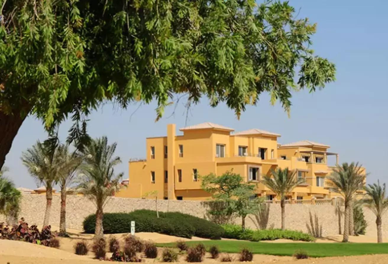 منزل مزدوج للبيع في جولف فيوز, طريق مصر اسكندرية الصحراوي